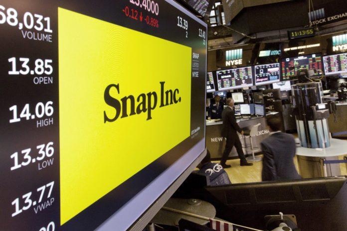 Snap Stock Falls After Donald Trump Puts Thumb On TikTok-Microsoft Scale