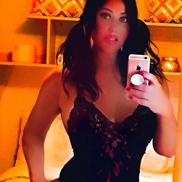Lisa Appleton (Big Brother) heats up Instagram!