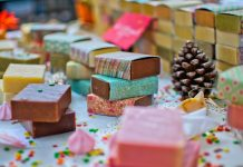 Sustainability: How Consumers and Businesses Can Wrap Up Every Christmas