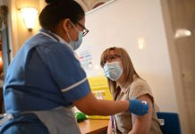 How to book Covid vaccine: People aged 38 and 39 invited to book Covid-19 vaccine in England