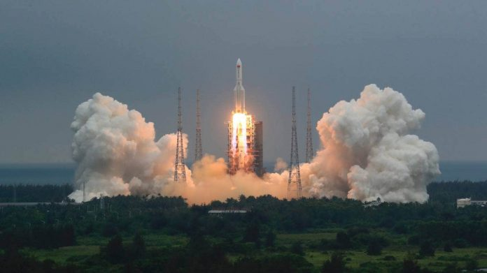 'Out-of-control' Chinese rocket debris lands in Indian Ocean