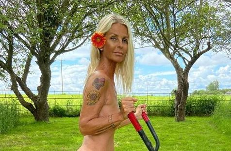 Ulrika Jonsson shocks Instagram fans as she poses completely naked (Photo)